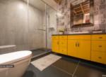 Voyage-Bathroom